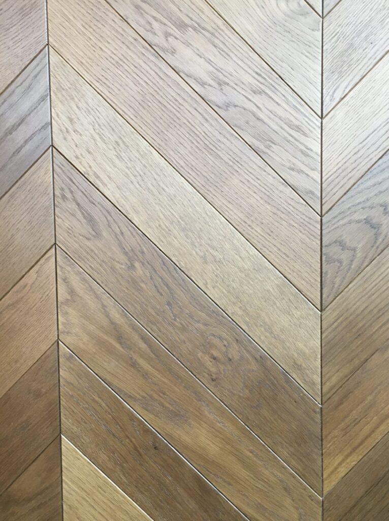 chevron engineered flooring french oak lacquared natural grade
