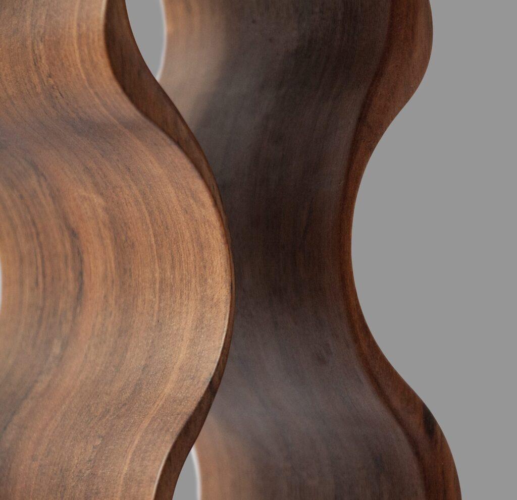 design winerack american walnut closeup